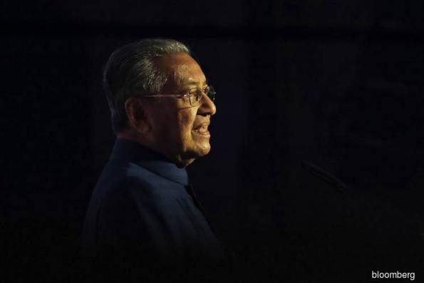 Mahathir Faces Huge Stakes in Malaysian Budget Amid Debt Worries