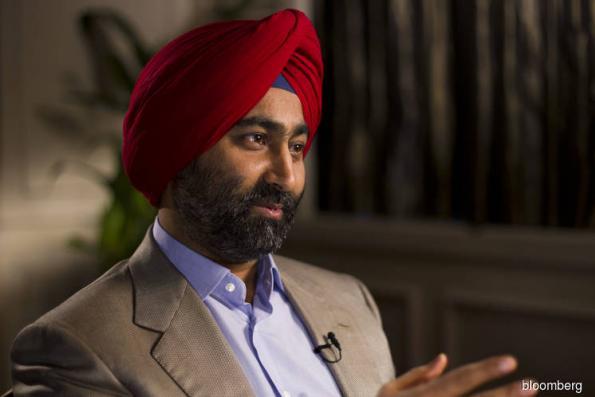 Indian hospital tycoon accuses brother, spiritual guru of fraud