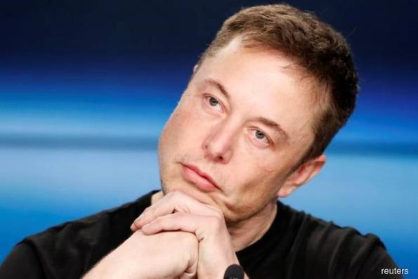 Musk defends cutting off analysts during conference call