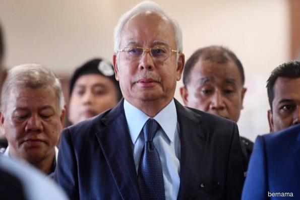 Najib arrives to give statement at MACC Putrajaya