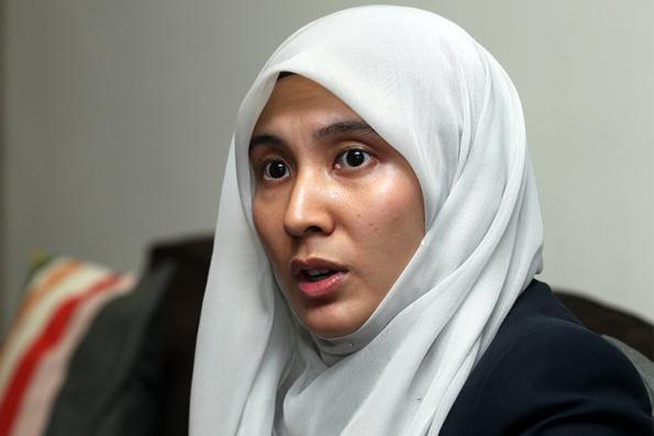 Nurul Izzah quits PAC
