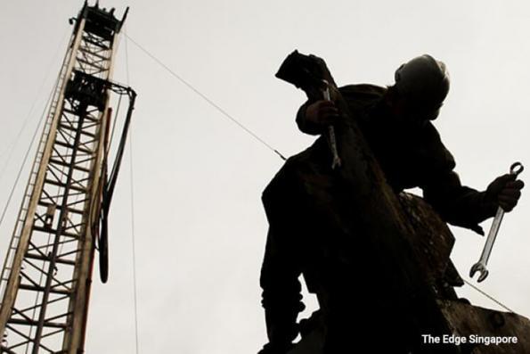 Saudi reshuffle to add political risk premium to oil prices
