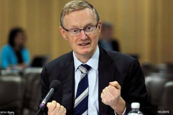 Australia c.bank gov signals lower for longer rates