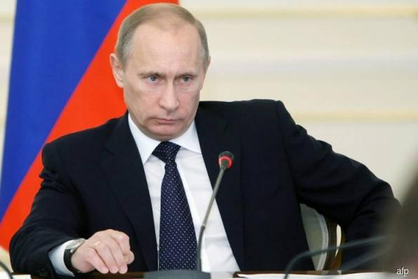 Putin baits the West to bring Russian money home