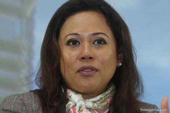 Raja Teh Maimunah named women icon Malaysia 2017