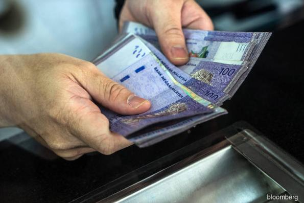 Ringgit snaps 2-day losing streak as USD falls