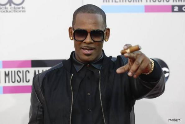 Spotify removes R. Kelly's music from its playlists