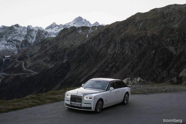Cars: Driving the new Rolls-Royce Phantom is an exercise in serious luxury
