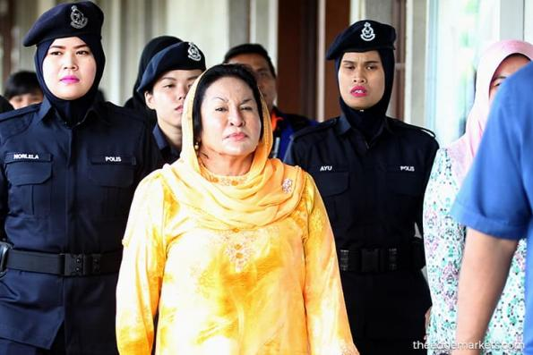 Rosmah's trial : Defence lawyers say have until Dec 6 to apply for case transfer to High Court