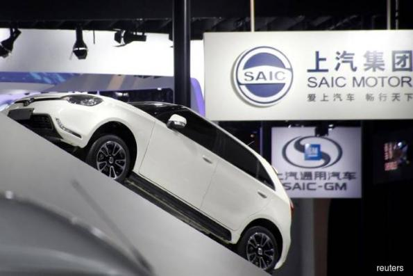 Chinese carmakers under pressure as joint-venture caps erased