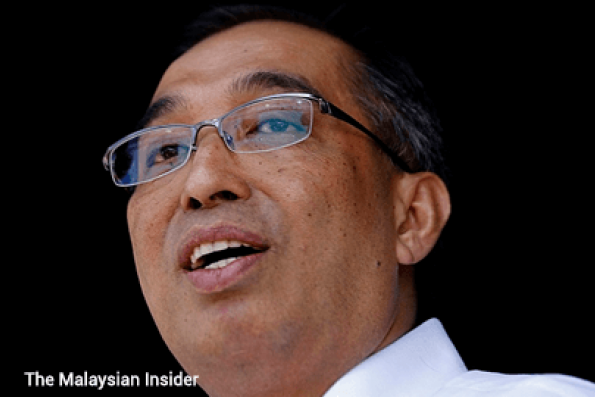 Internet users should not abuse online freedom, says Salleh