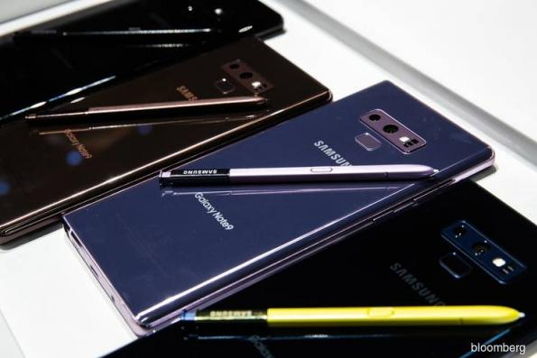 Samsung back in favour as Moon tries to kick-start Korean economy