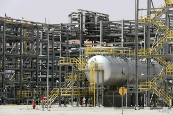 Saudi Arabia in short-term oil fix, fears extra US supply next year