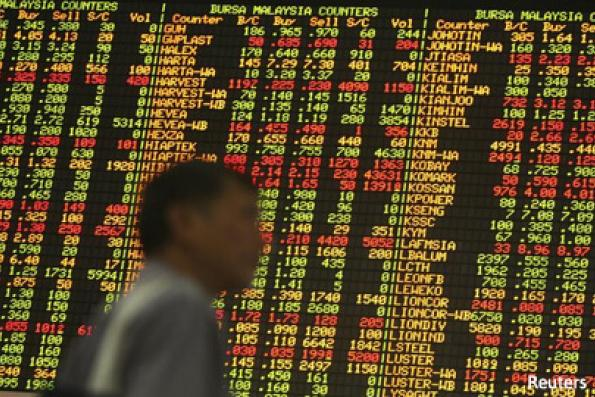 SE Asian stocks largely down on global uncertainty; Singapore up