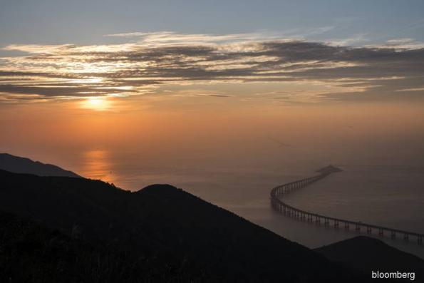 World's longest sea bridge brings Hong Kong closer to China