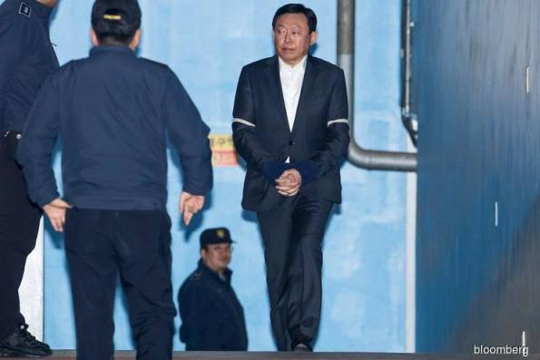 Korean tycoon jailed in bribery case that toppled a president