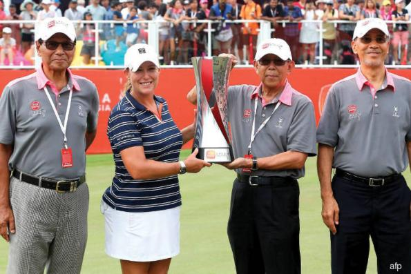 Kerr captures 20th LPGA title