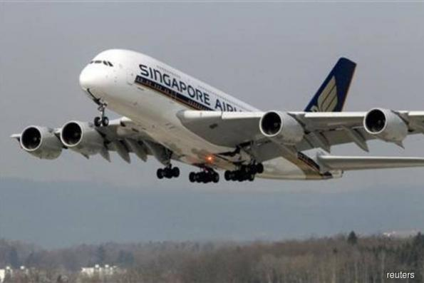 Singapore Airlines 2Q earnings fall 81% on higher fuel prices