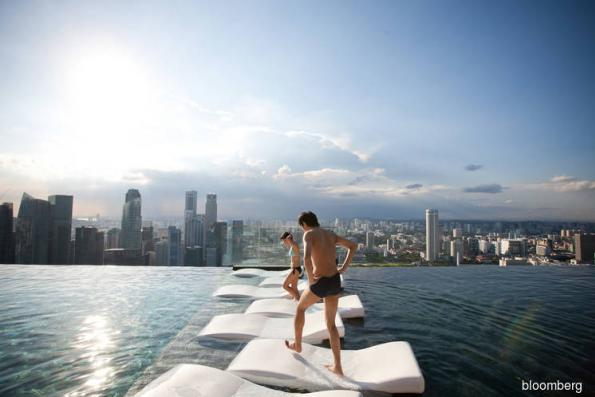 Singapore hotels get boost from 'Crazy Rich Asian' tourism boom