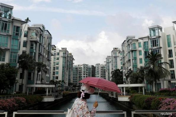Singapore Jan private home sales fall 17.8% on year