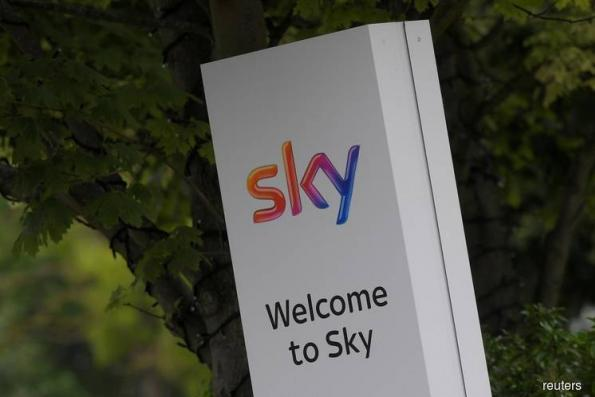Sky shares leap as Comcast and Fox lock horns in bid battle