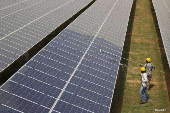 Malaysian, US officials to negotiate solar panel tariff this month, says Mustapa