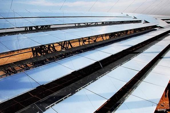 China solar giants shrug off market fall, eye growth plans