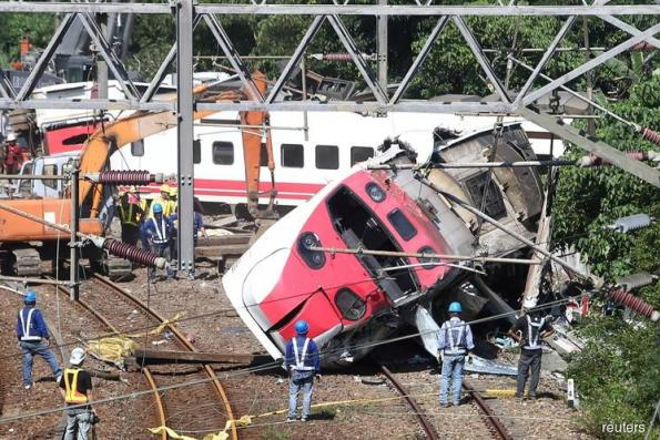 Taiwan driver granted bail after 18 killed in train crash