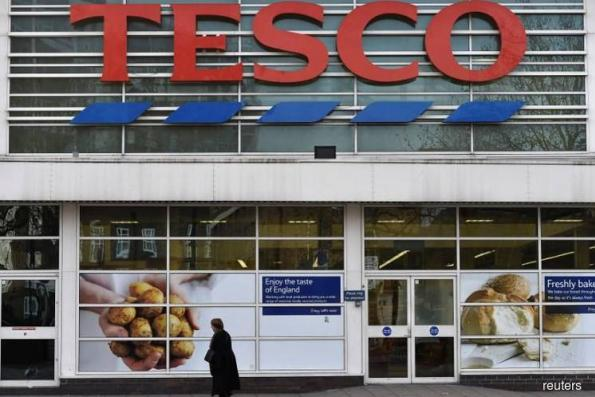 Two major Booker investors back Tesco deal amid growing dissent