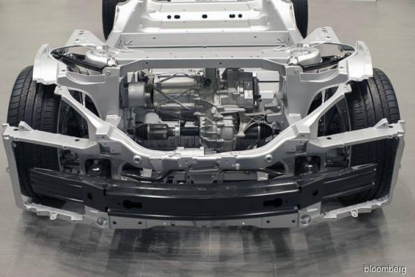 Tesla engineering chief takes break after Musk displaced him