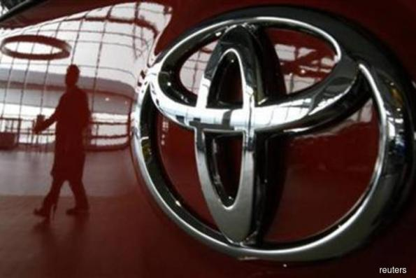 Toyota sets tough China sales goal of 1.4 mil vehicles for 2018