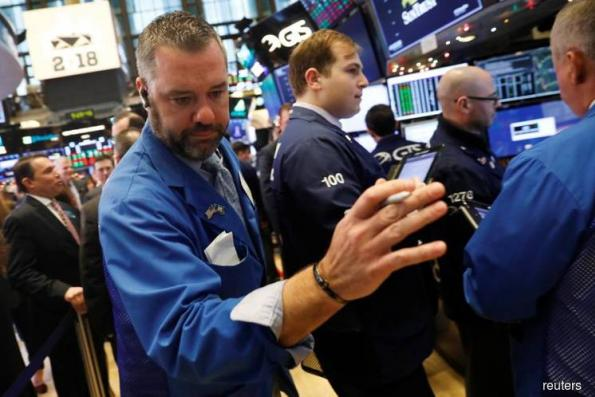 Wall St rises with help from technology, energy sectors