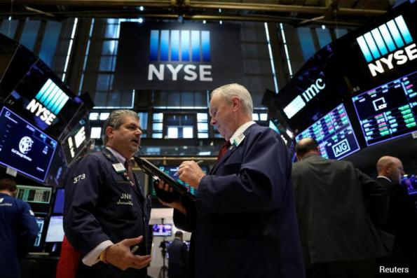 Wall St jumps as N. Korea tensions wane; S&P 500 up 1 pct