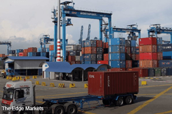 US trade deficit jumps to five-year high on imports