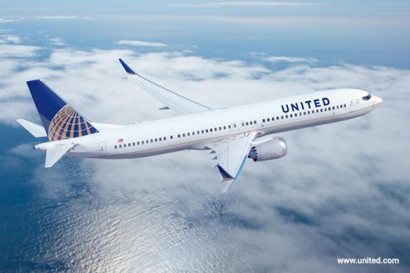 United to pay oversold fliers up to US$10,000 after dragging furore