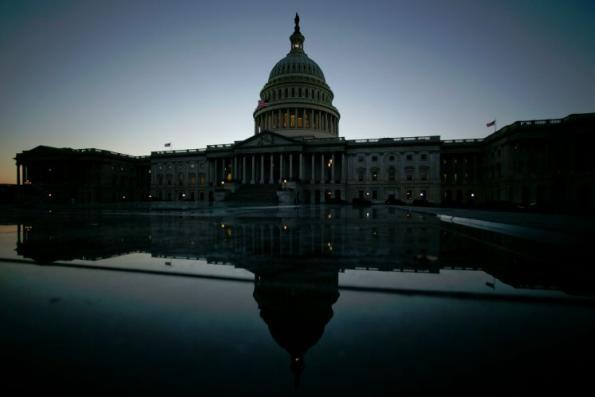 US Congress takes steps to push budget deadline, avert shutdown
