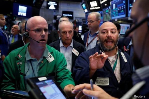 Tech, energy shares lift Wall Street