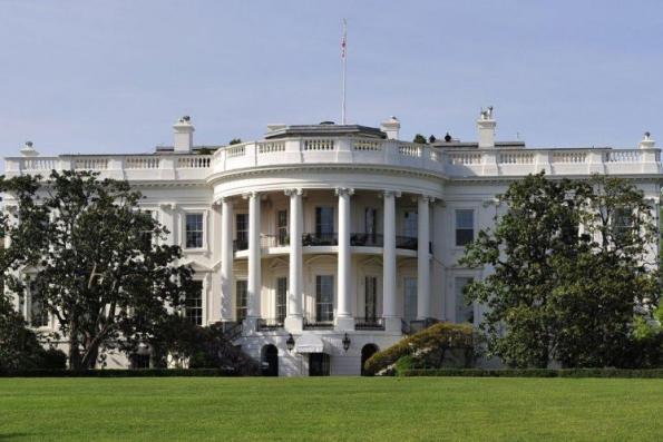 Sean Spicer resigns as White House spokesman