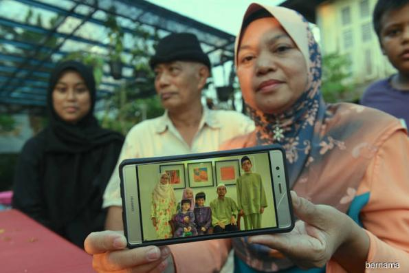 Family hopes Mohd Tarmizi will recover quickly and son will be found unhurt