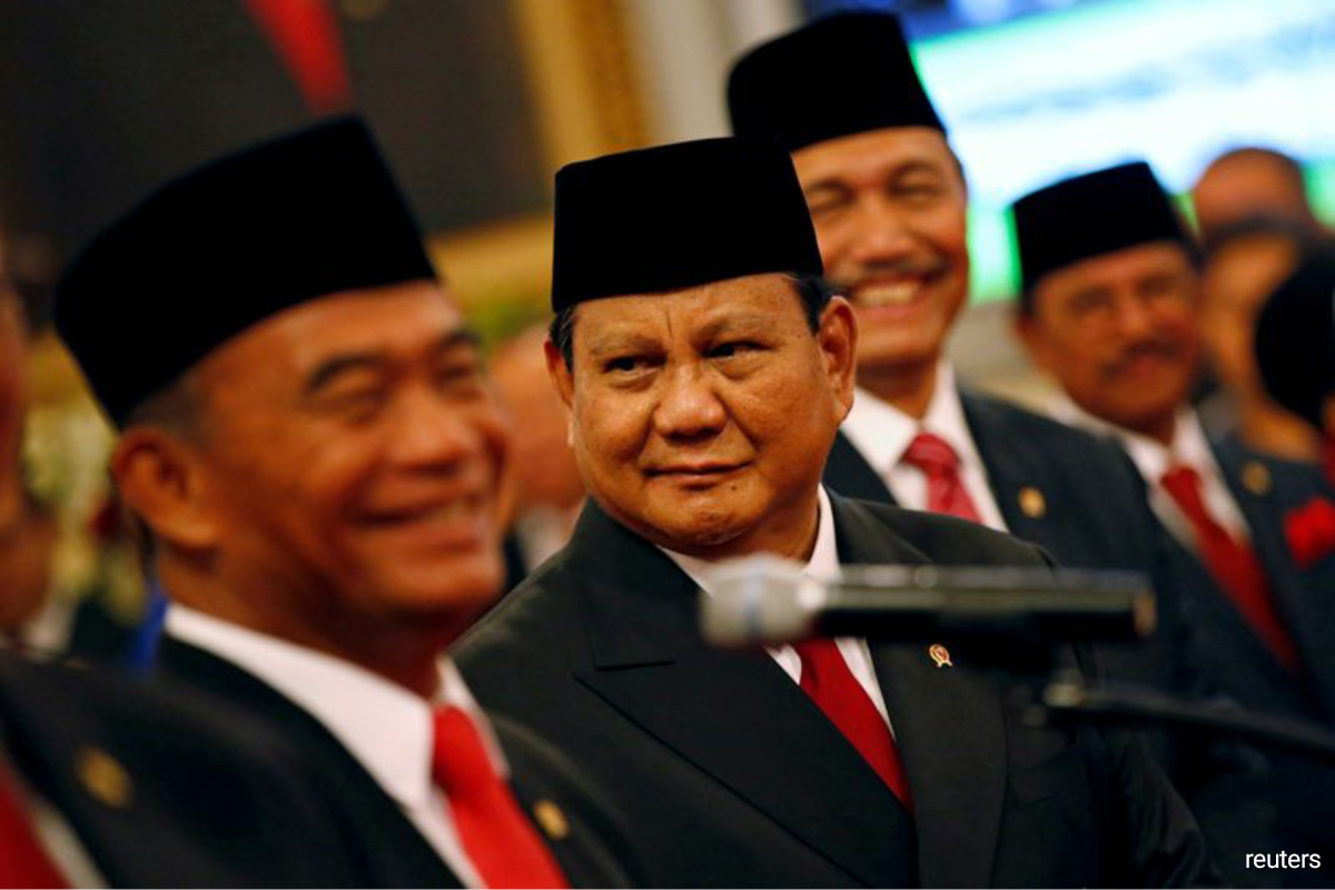 But since being named as defense minister last year, Prabowo, who denies any wrongdoing, has also become a key figure as the Trump administration attempts to deepen defense ties with Indonesia, the world's largest Muslim-majority country. (Photo by Reuters)