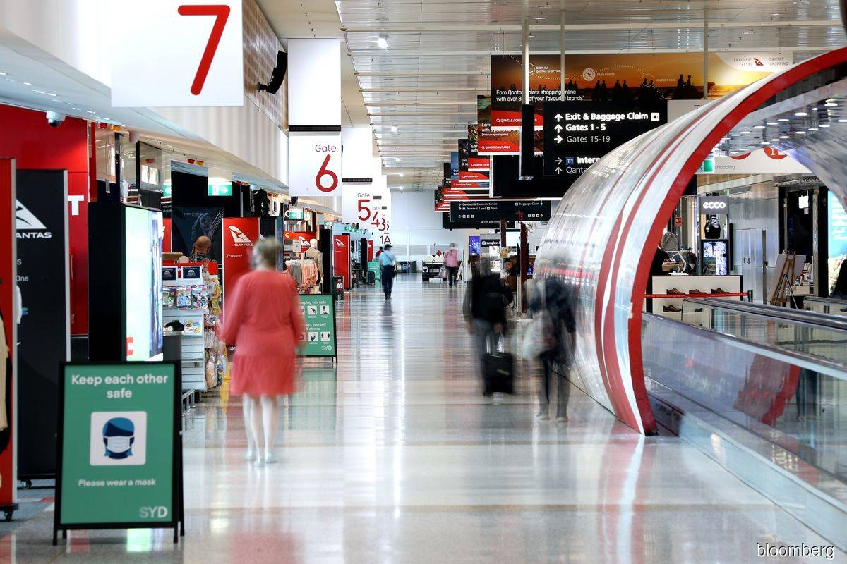 Sydney Airport to open books after sweetened US$17.4 billion bid