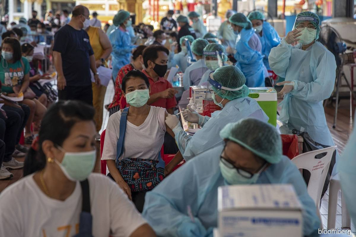 Thailand reports daily record 967 new coronavirus cases after new outbreak