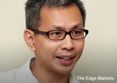 Don't blame journalists, change yourselves instead, DAP tells BN