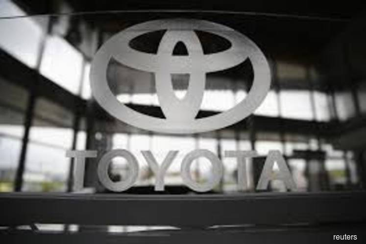 Toyota to recall 3.4 mil vehicles worldwide, air bags may not deploy in crashes