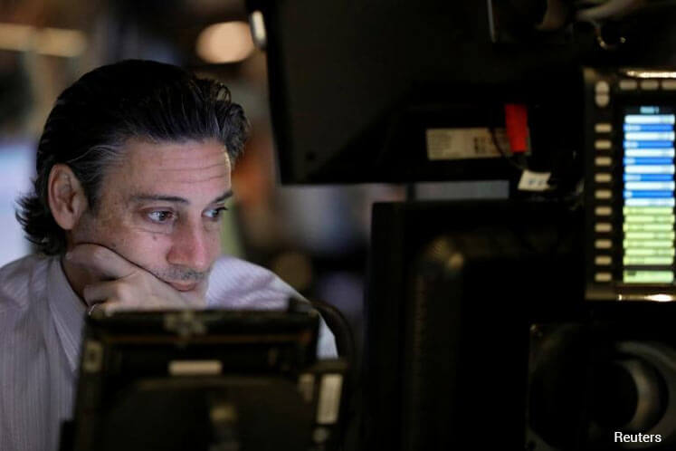 Investors look to global growth for earnings power