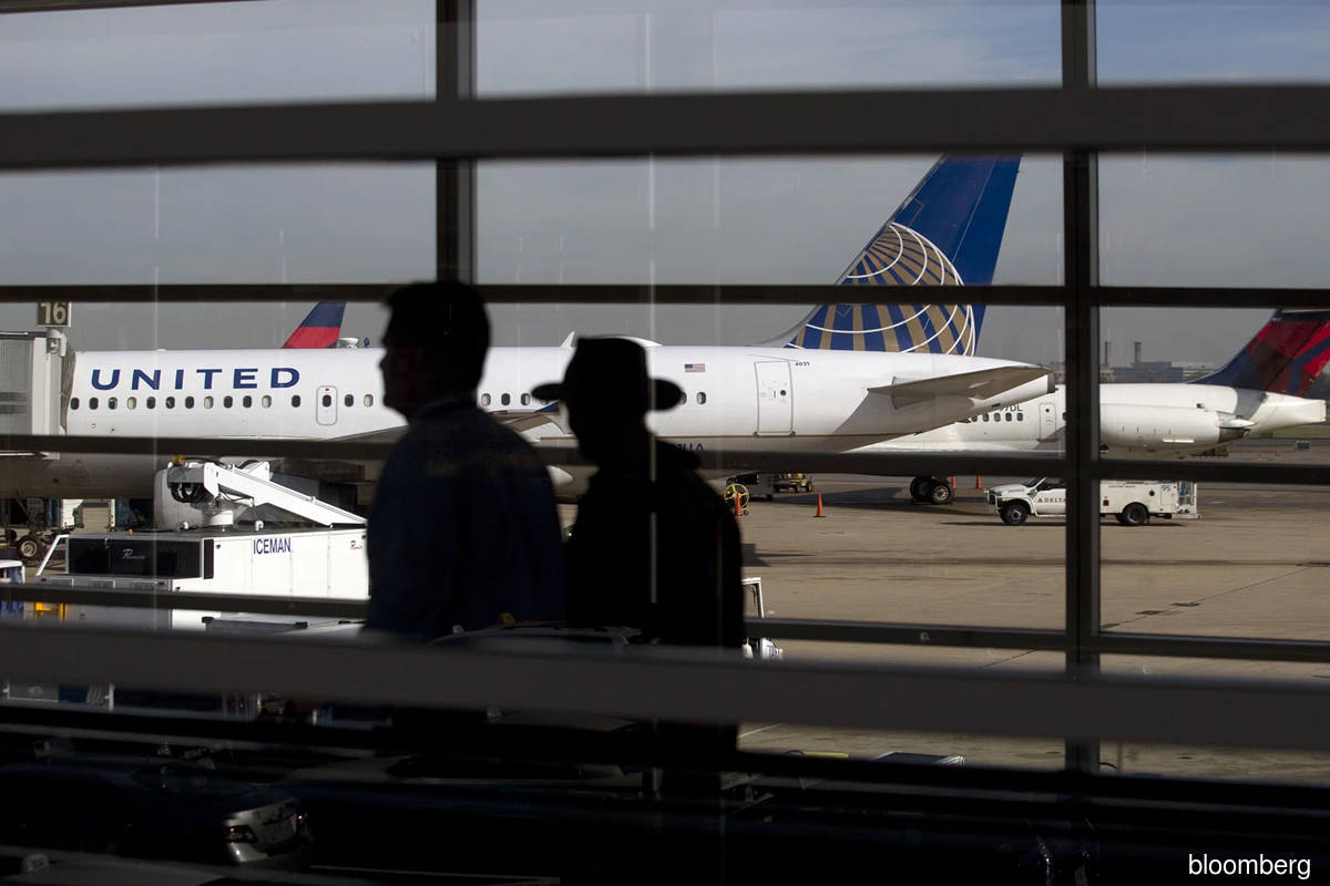 Travel industry rebound threatened by airline hiring troubles