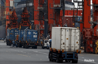 Singapore to test autonomous trucks to transport containers between ports