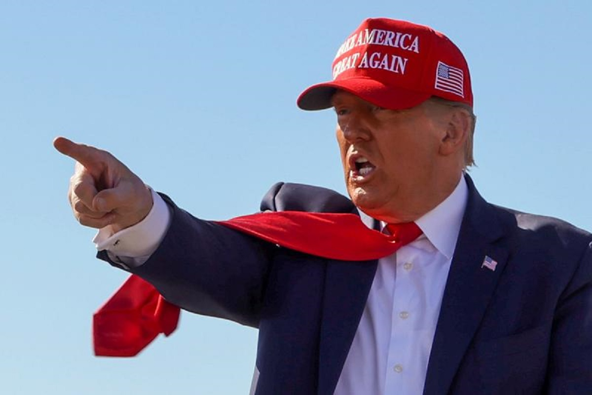 As Covid-19 roars back in US, Trump stages rallies in Arizona