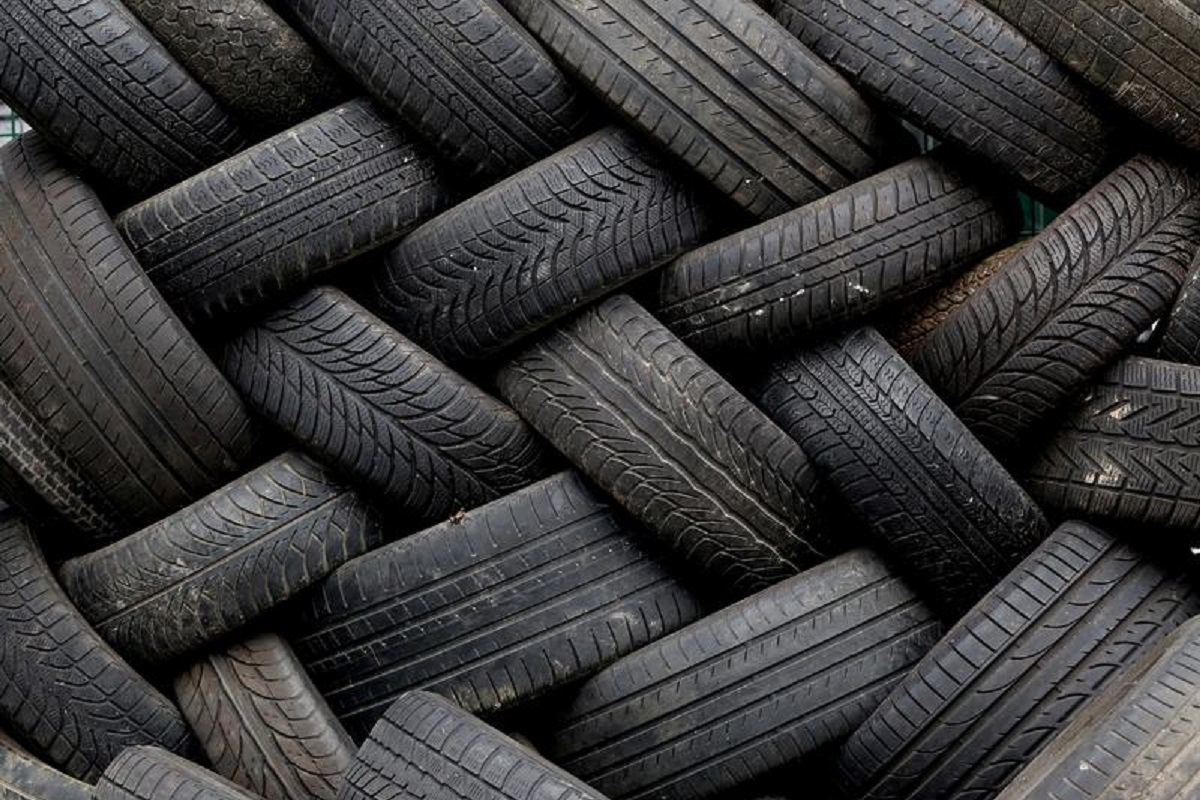 Tokyo rubber set for best month in 45 years on China car outlook