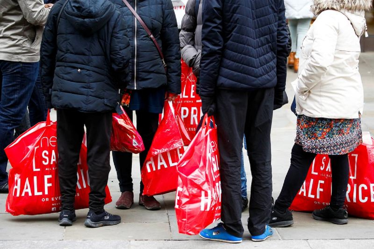 UK sees record 3Q retail sales growth on Covid rebound